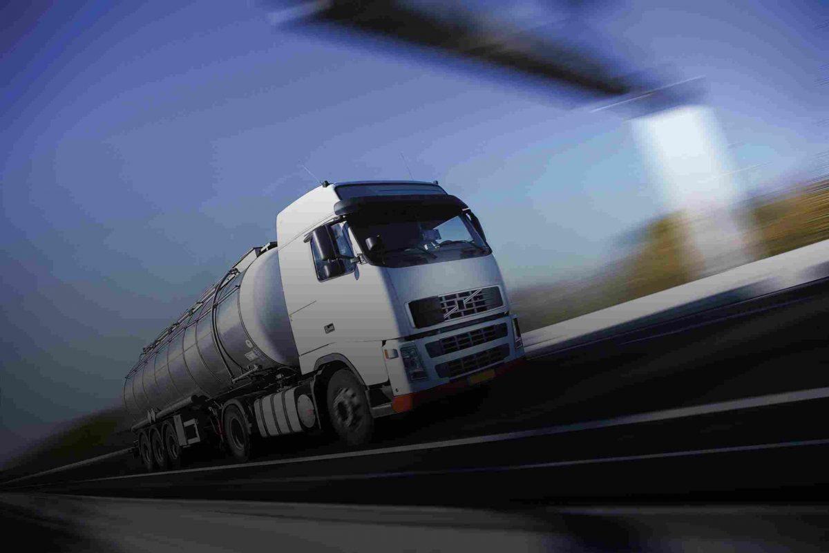 White-Truck-single-1-1200x800.jpg